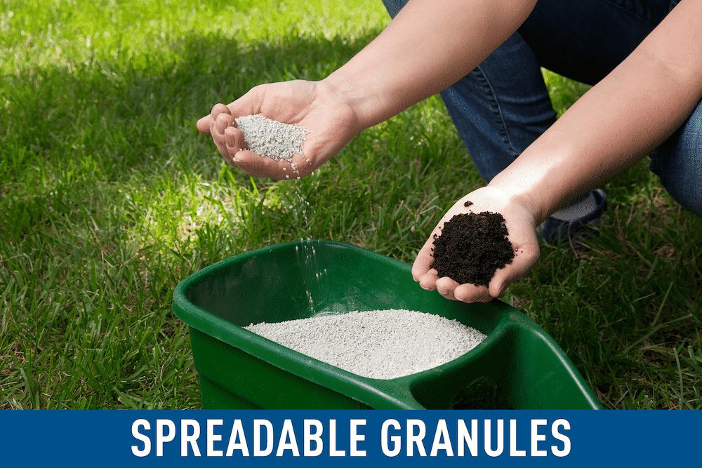 spreadable granules of pre-emergent herbicide